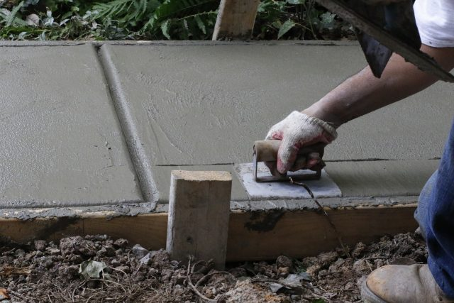 travaux construction piscine