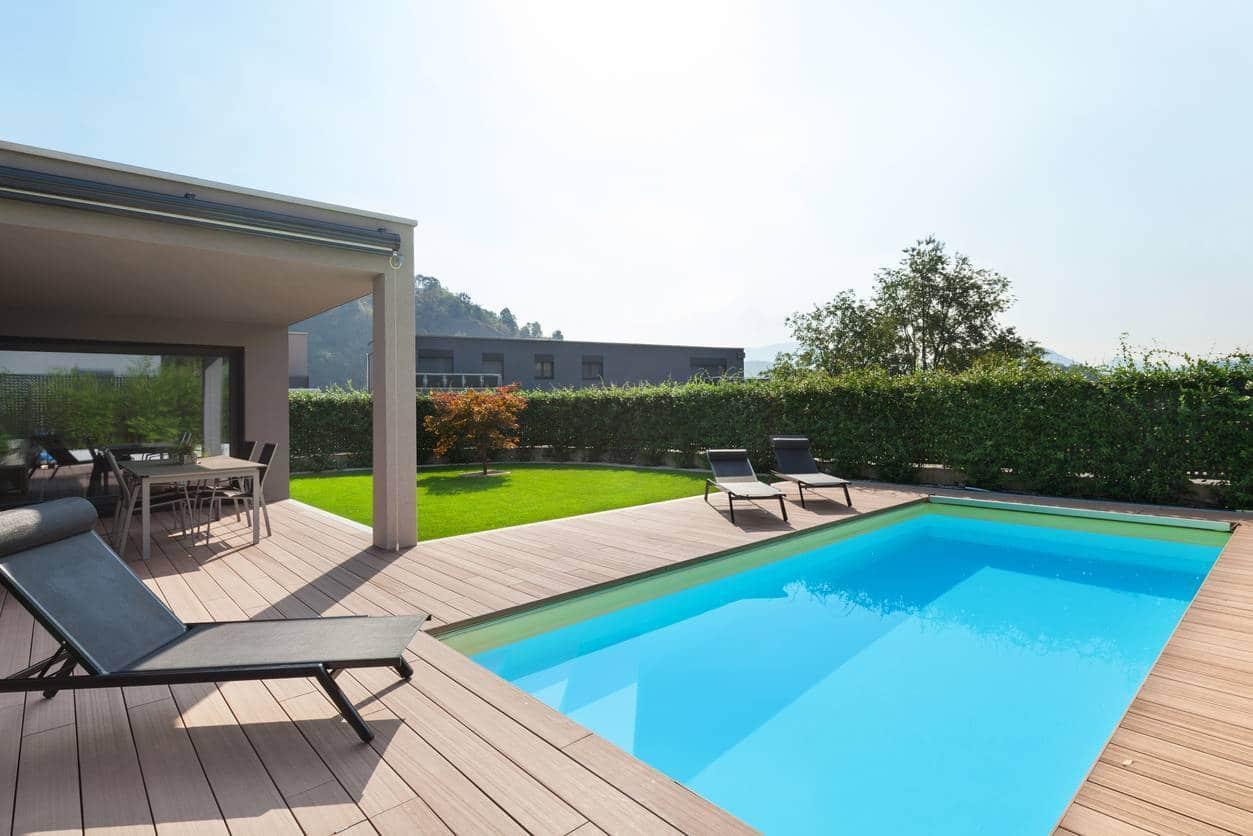 meuble piscine ; meuble plage de piscine